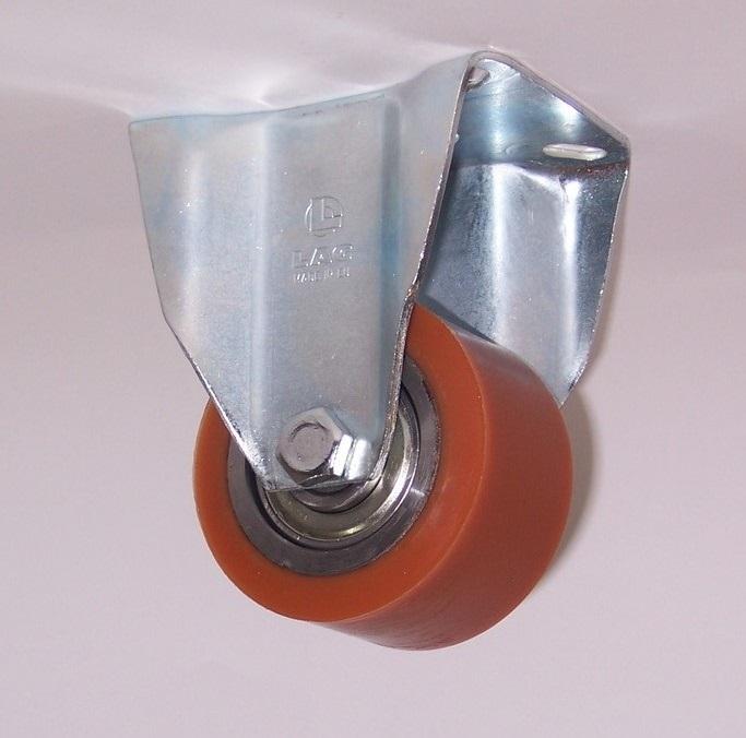 Ruote serie RT con supporto P60 Rulli transpallet in poliuretano colato 95 Sh.A. con mozzo in acciaio. Disponibili con o senza cuscinetti cuscinetti a sfere. Ruota con cuscinetti a sfere.