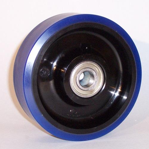 Ruote serie AS Ruote con rivestimento in poliuretano soft 87 Sh.A . con mozzo in polyammide 6. Ruota con cuscinetti a sfere.<br/>Mozzo nero.