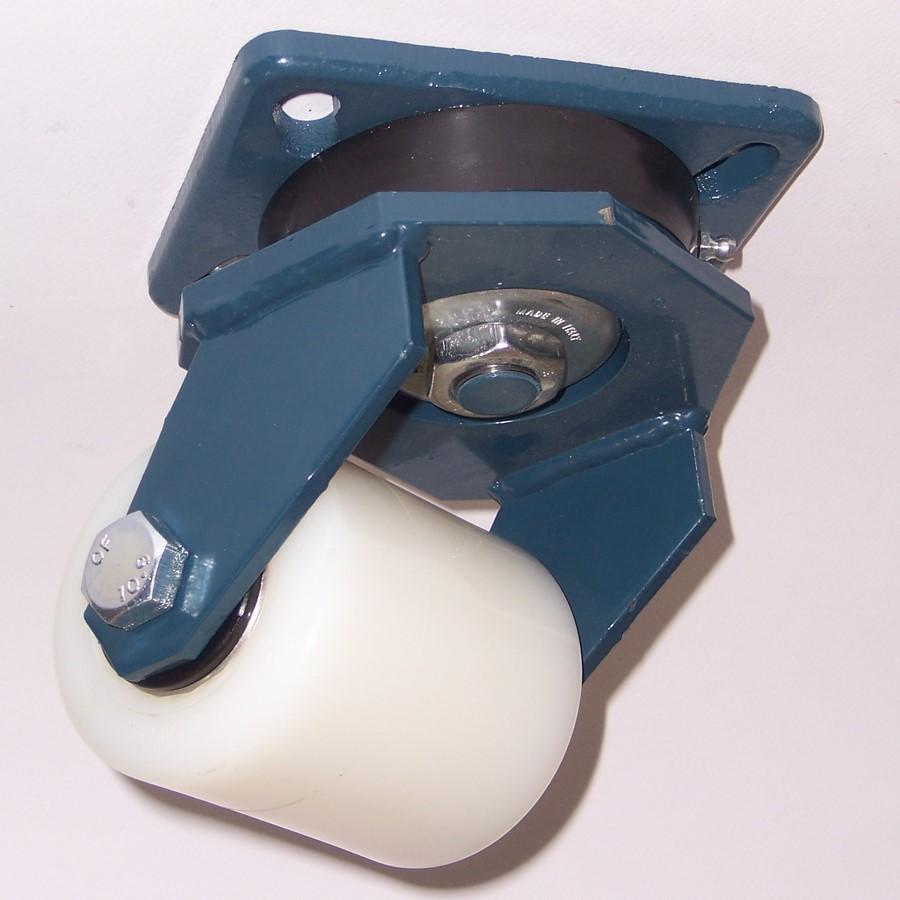 Ruote serie RP con supporto E70 Rulli transpallet monolitici in polyammide 6 disponibili con o senza i cuscinetti a sfere schermati o inox. Ruota con cuscinetti a sfere.