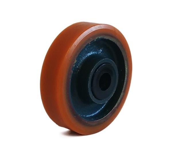 Ruote serie Z Ruote in poliuretano colato 95 Sh.A. e mozzo in ghisa. Disponibili con cuscinetti a sfere di precisione schermati. Organo di rotolamento: cuscinetto a rullini temperati.