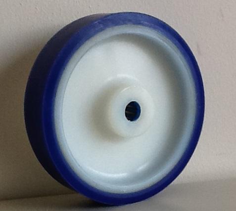 Ruote serie AS Ruote con rivestimento in poliuretano soft 87 Sh.A . con mozzo in polyammide 6. Organo di rotolamento: cuscinetto a rullini inox.