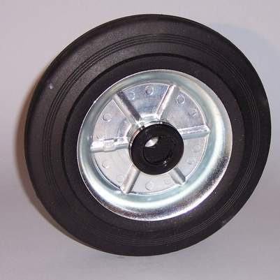 Wheel series B Wheels with black rubber ring on welded steel discs fitted with ball bearings, roller bearings or nylon friction bearings. The wheel is fitted with bushes.
