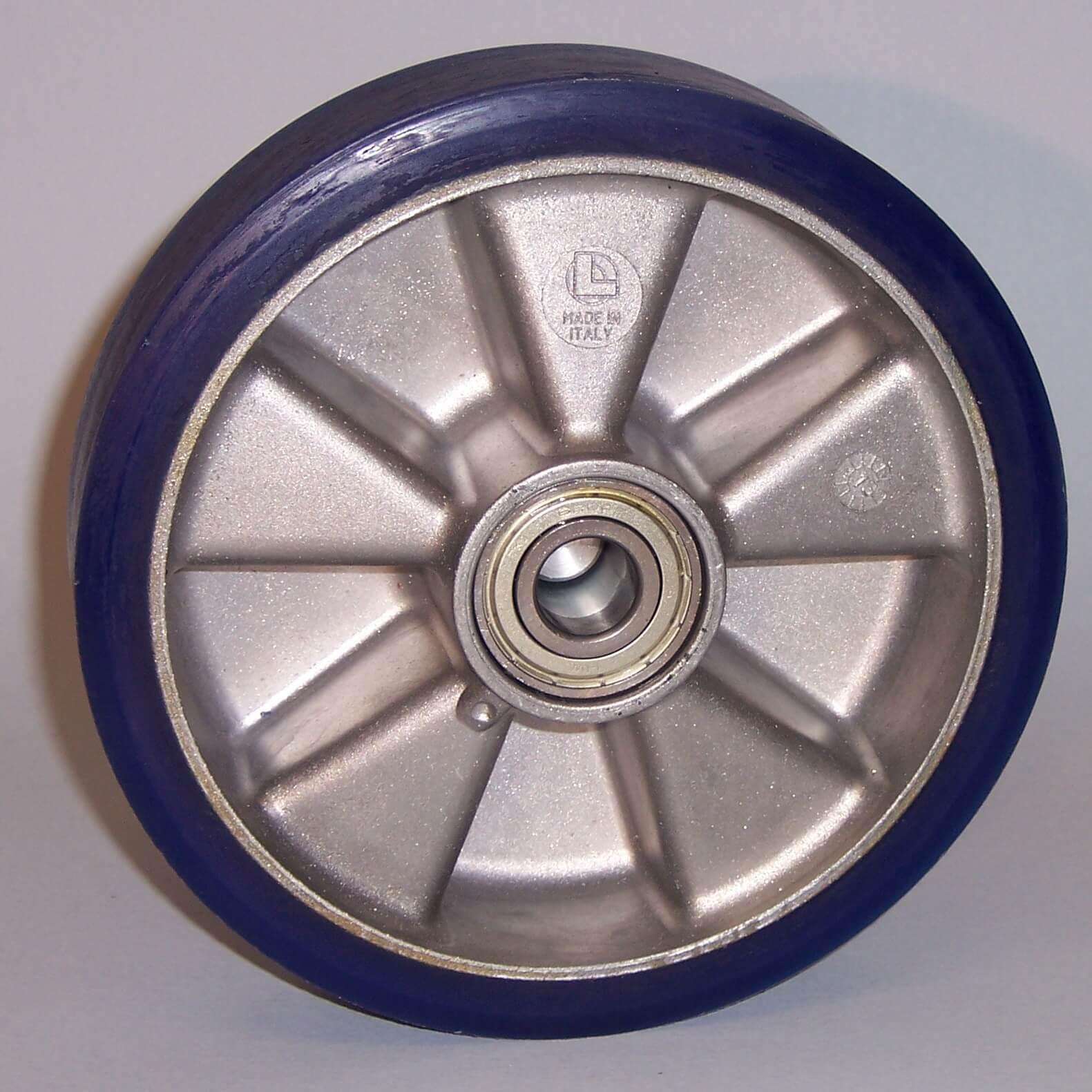 Ruote serie TS Ruote con battistrada in poliuretano colato soffice 87 Sh.A e mozzo in alluminio pressofuso; disponibile con cuscinetti a sfere o a rullini. Ruota con cuscinetti a sfere.