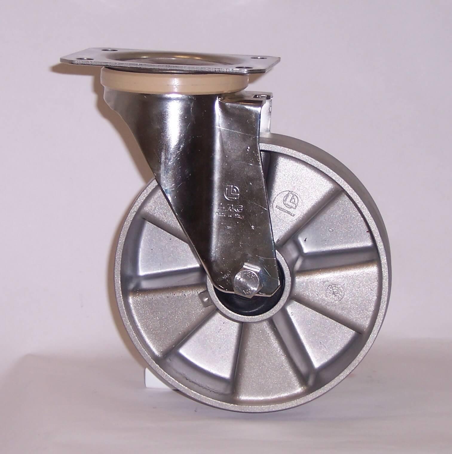 Ruote serie U con supporto INOX20 Ruote monolitiche in alluminio idonee per alte temperature (-40°C / +270°C). Disponibili con cuscinetti a sfere standard o inox Ruota con cuscinetti a sfere.