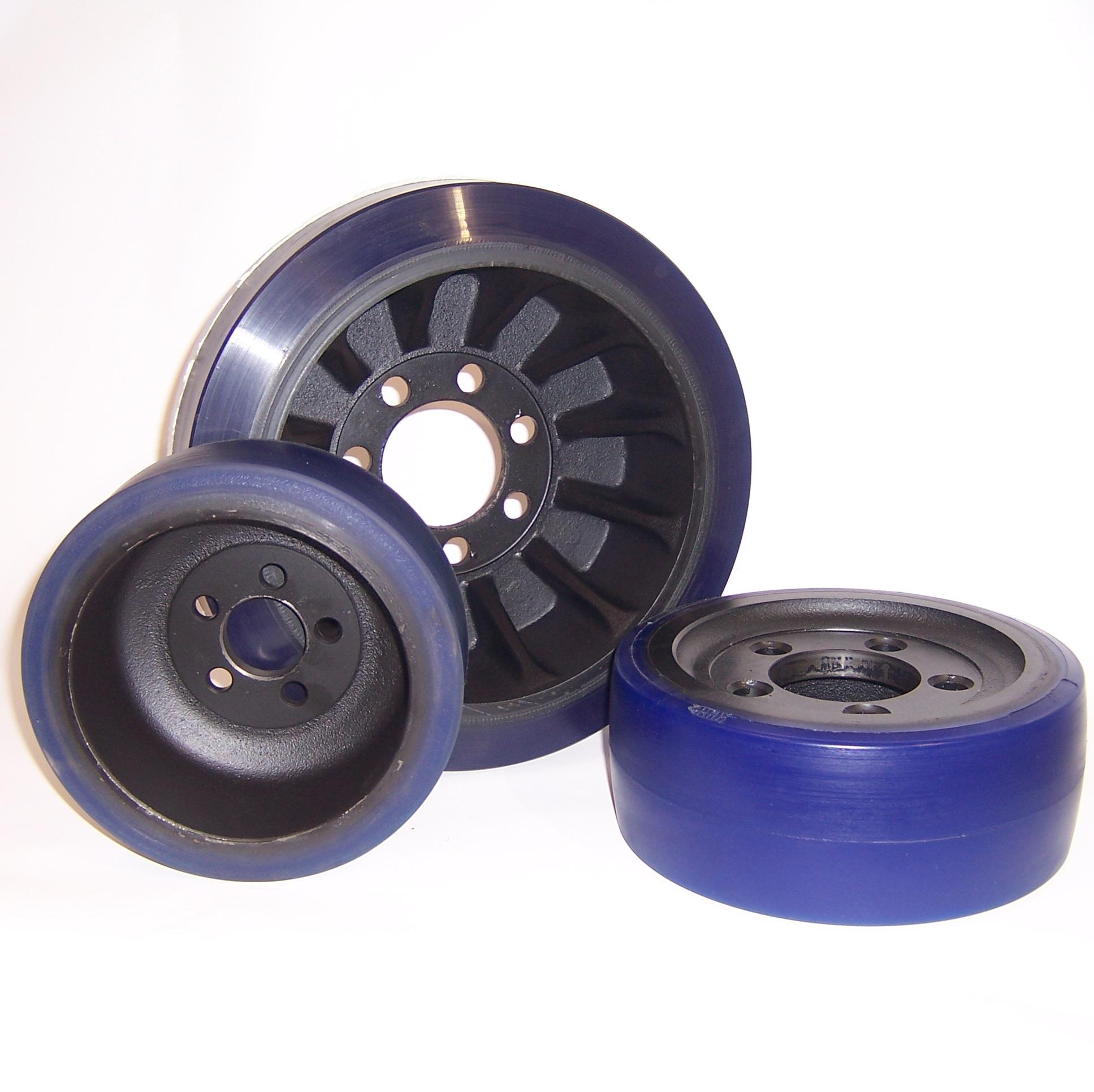 Ruote serie ZO ZETA SOFT-MOB - Ruote motrici in poliuretano soffice durezza 87+/-3 Sh.A. La portata è riferita ad una velocità di 6 km/h.
